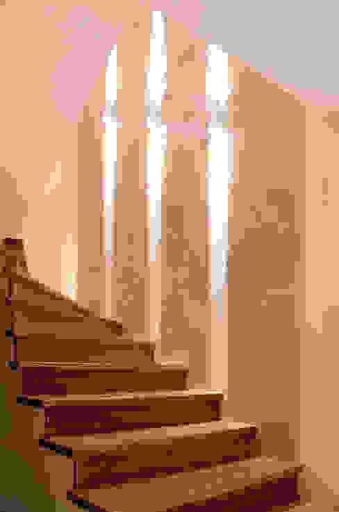 klatka schodowa Nowoczesny korytarz, przedpokój i schody od ArtDecoprojekt Nowoczesny