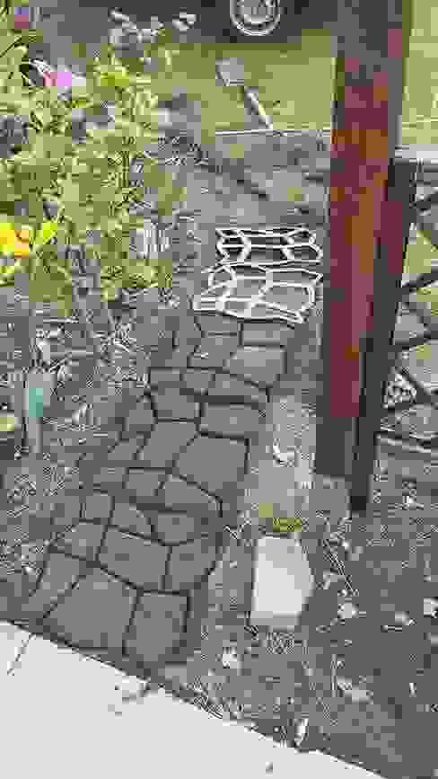 Anlegen eines Gartenweges in Natursteinoptik arcotec GmbH GartenAccessoires und Dekoration