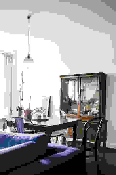 Podgórze, Kraków: styl , w kategorii Jadalnia zaprojektowany przez Odwzorowanie,Eklektyczny
