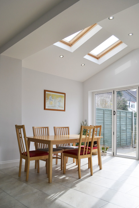 Dining Room And Roof Light - As Built Modern dining room by Arc 3 Architects & Chartered Surveyors Modern
