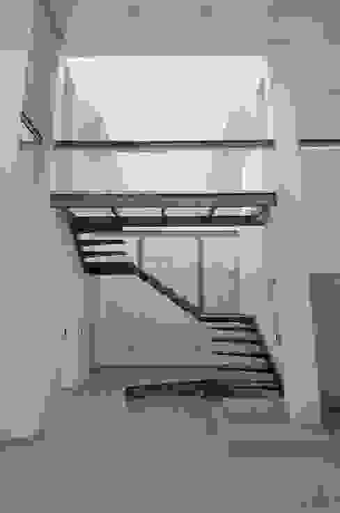 Houses by Estudio Sespede Arquitectos, Modern