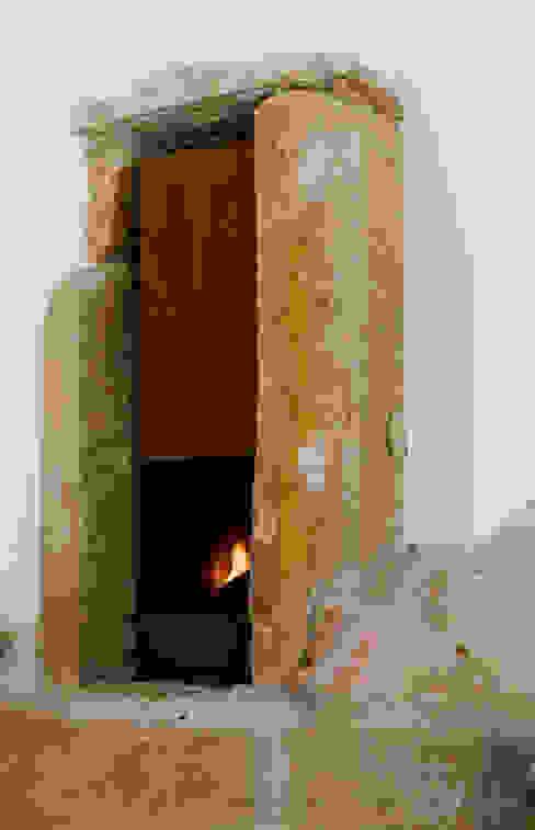 Casa em Torres Vedras Salas de estar minimalistas por Atelier Central Arquitectos Minimalista