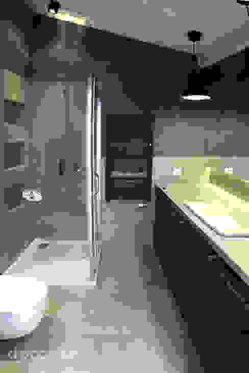 Baños modernos de DP Concept Moderno Azulejos