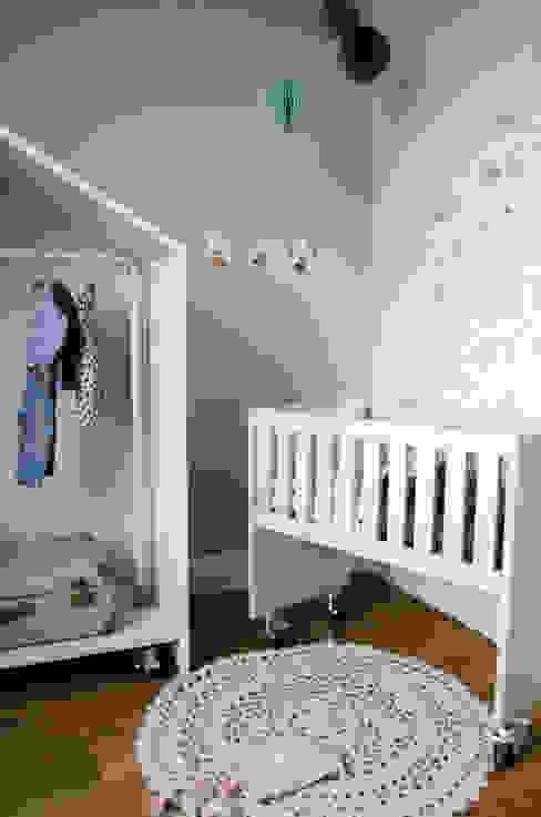 Wiegje bedhuisje:  Kinderkamer door Boefjesfabriek