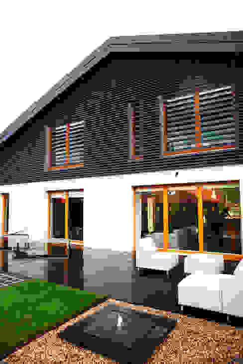 Minimalist house by if architektura Minimalist
