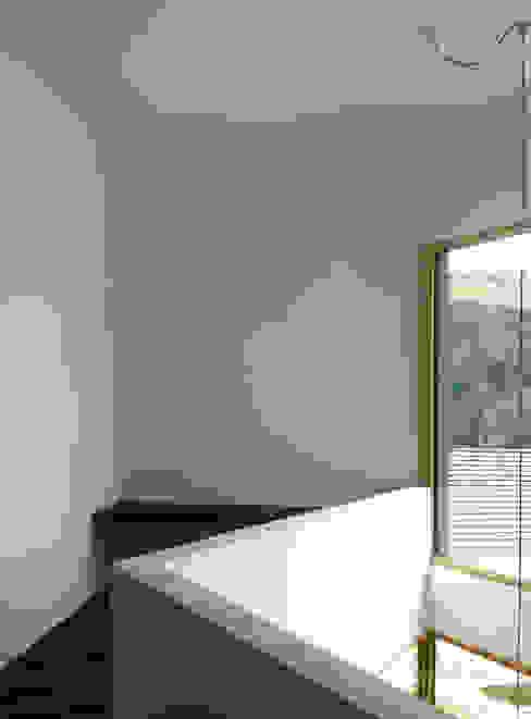 Arbeitsbereich auf der Galerie Moderne Arbeitszimmer von Balzani Diplomarchitekten Modern