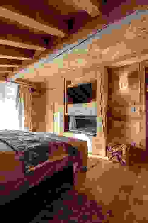 Schlafzimmer von Bosc Vej s.r.l., Rustikal