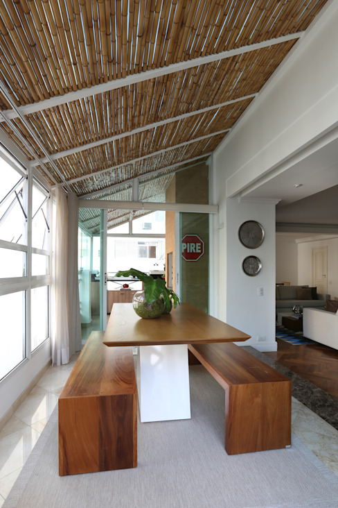 Modern Conservatory by Renata Romeiro Interiores Modern