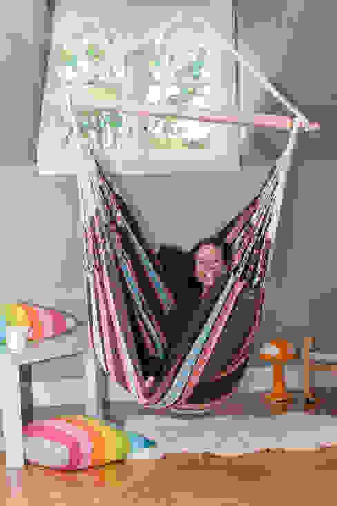 Cayo Mocca Cotton Hanging Chair de Emilyhannah Ltd Escandinavo