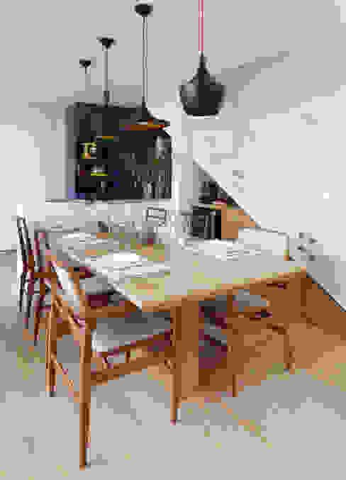 Ruang Makan Modern Oleh MANDRIL ARQUITETURA E INTERIORES Modern