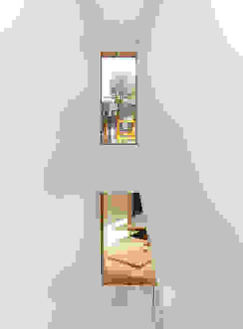 Koridor & Tangga Modern Oleh MANDRIL ARQUITETURA E INTERIORES Modern