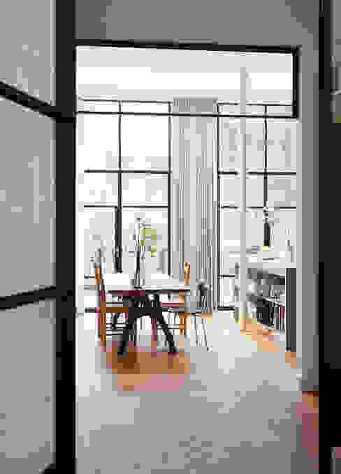 VASD interieur & architectuur: modern tarz , Modern