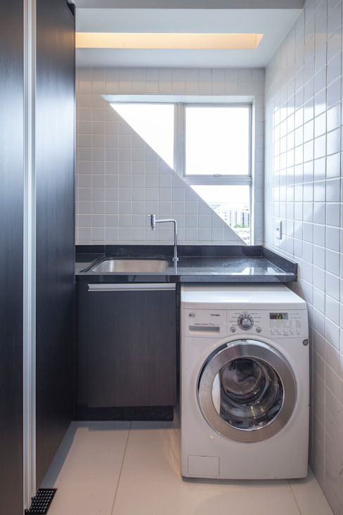 303 Apartment Modern Kitchen by Estúdio Barino | Interiores Modern