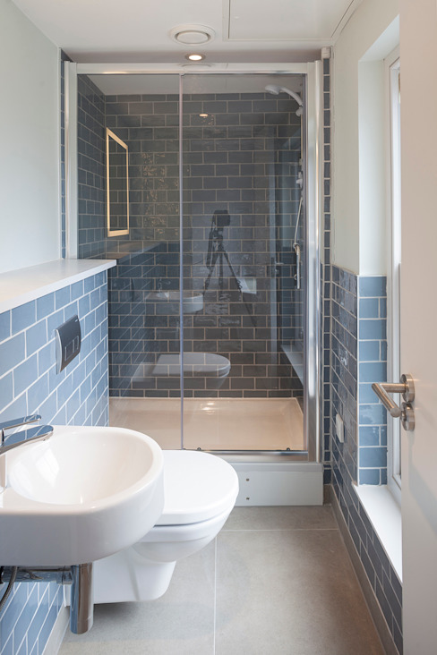 ST MARTIN'S LANE, COVENT GARDEN Modern bathroom by E2 Architecture + Interiors Modern