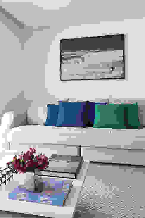 Livings de estilo  por Casa 2 Arquitetos , Moderno