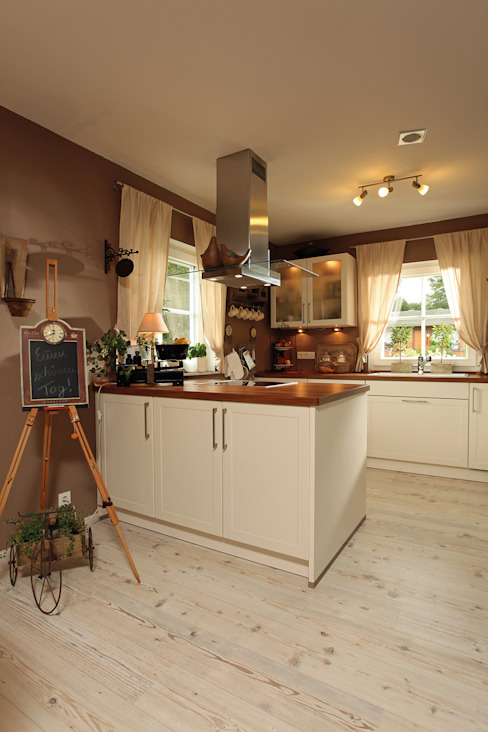 Kitchen by homify, Country