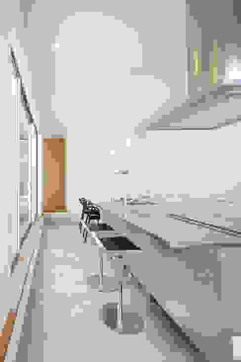 キッチン: NEWTRAL DESIGNが手掛けたキッチンです。,モダン