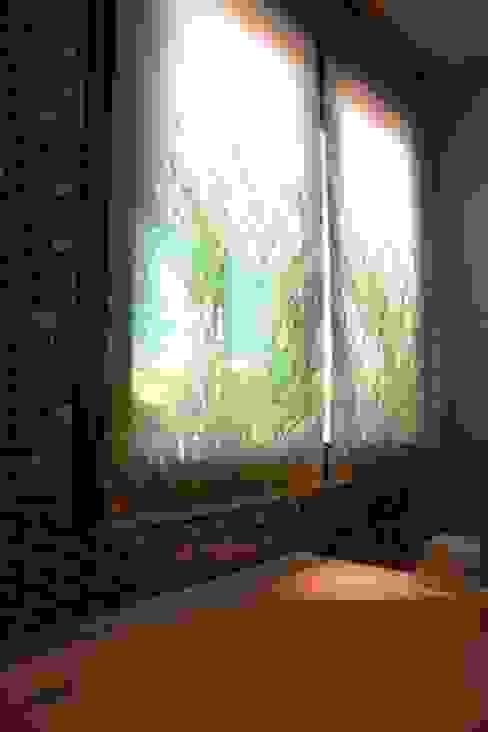 Estores baño principal Unifamiliar Mijas de Martyseguido diseño interiorismo Ecléctico
