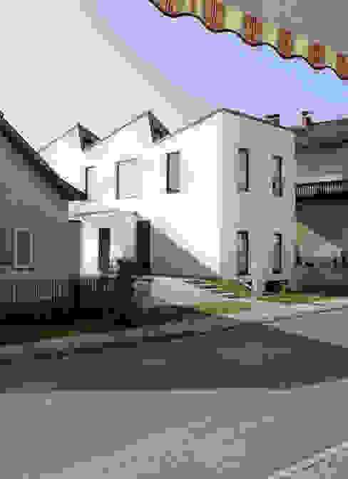 Casas modernas por MARTIN MOSTBÖCK Moderno