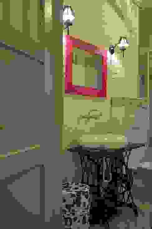 Mieszkanie z duszą Skandynawska łazienka od Perfect Home Skandynawski