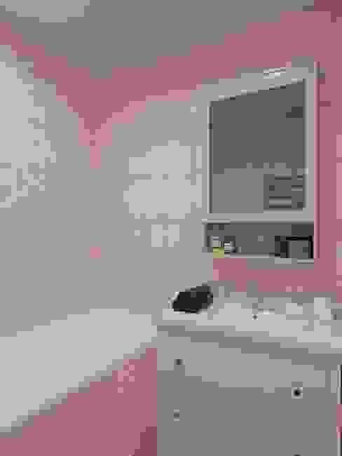 Квартира на ул. Краснобогатырская: Ванные комнаты в . Автор – Tina Gurevich, Эклектичный
