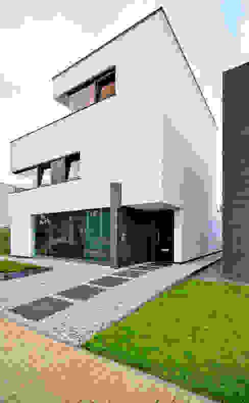 K&N 5:  Huizen door CKX architecten,
