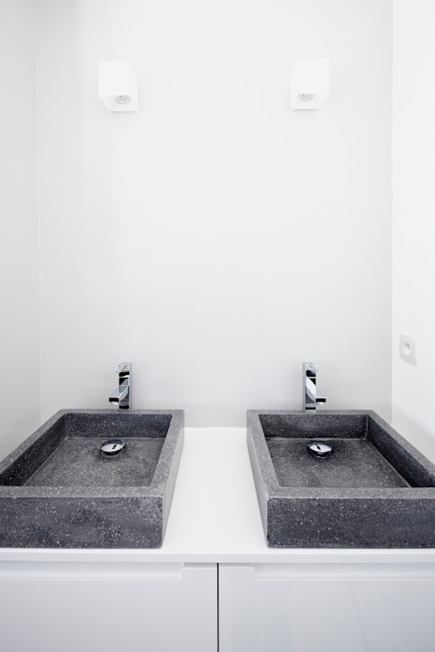 Kamar Mandi Modern Oleh Cendrine Deville Jacquot, Architecte DPLG, A²B2D Modern