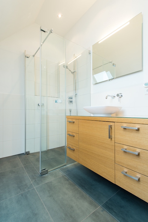 Bathroom by herbertarchitekten Partnerschaft mbB, Modern