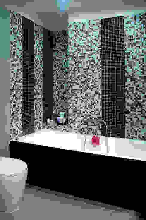 vasca da bagno Bagno moderno di MedomStudio Moderno