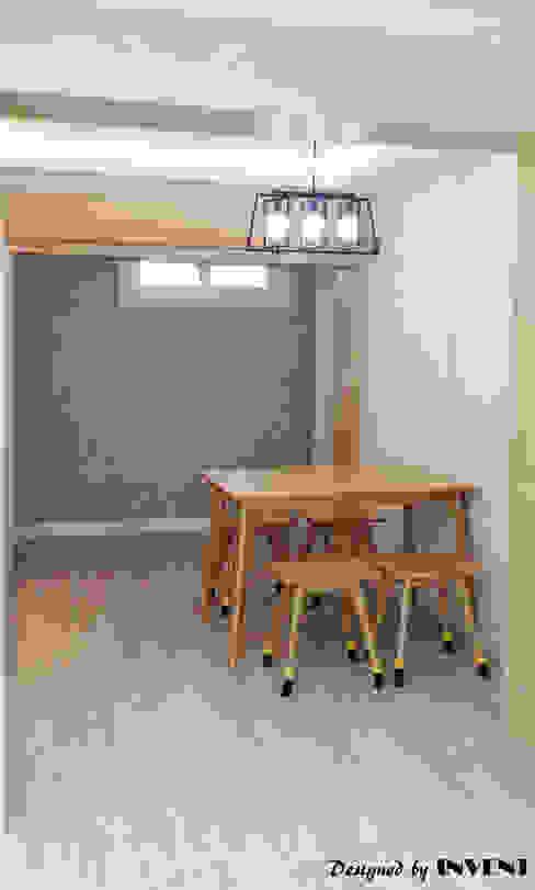 Столовые комнаты в . Автор – 인벤트 디자인, Модерн