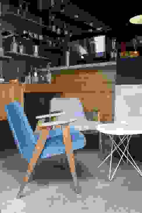 de 366 Concept Design & Lifestyle Moderno