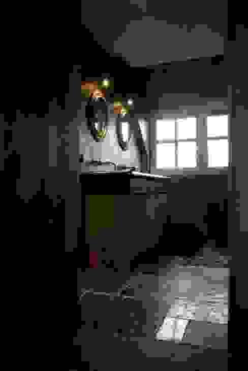 Baños de estilo rústico de Taps&Baths Rústico