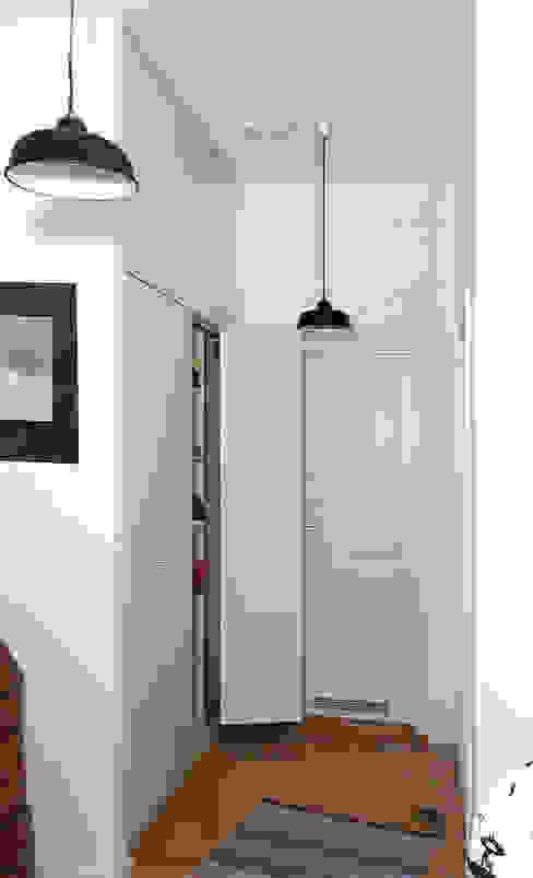 Reinhard Rotthaus의  복도, 현관 & 계단