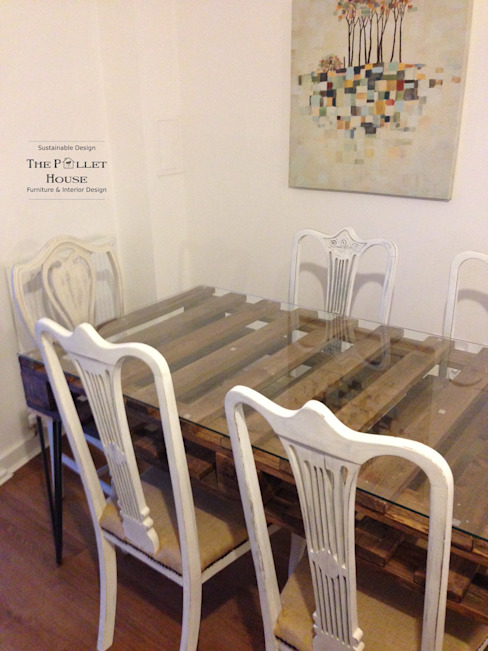 Dining table from salvage pallet de The Pallet House Rústico Madera Acabado en madera