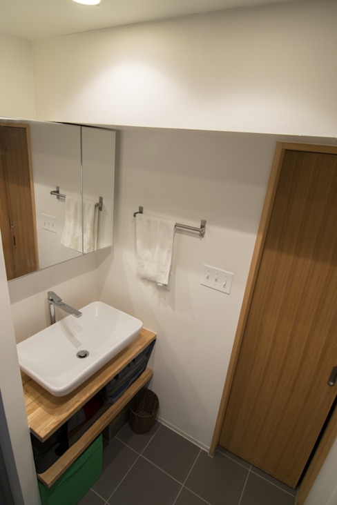 Eclectic style bathroom by 株式会社エキップ Eclectic