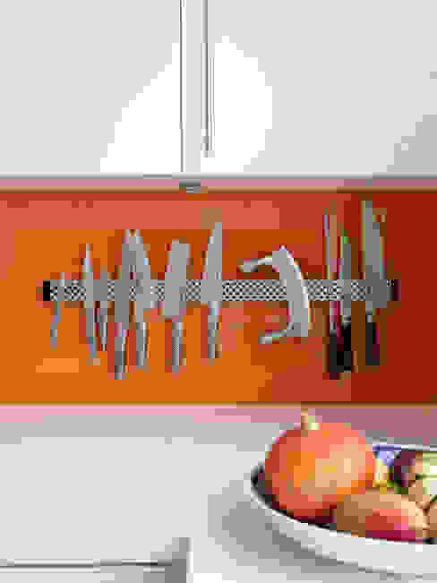 Kitchen Splashback Detail Phòng tắm phong cách hiện đại bởi Collective Works Hiện đại