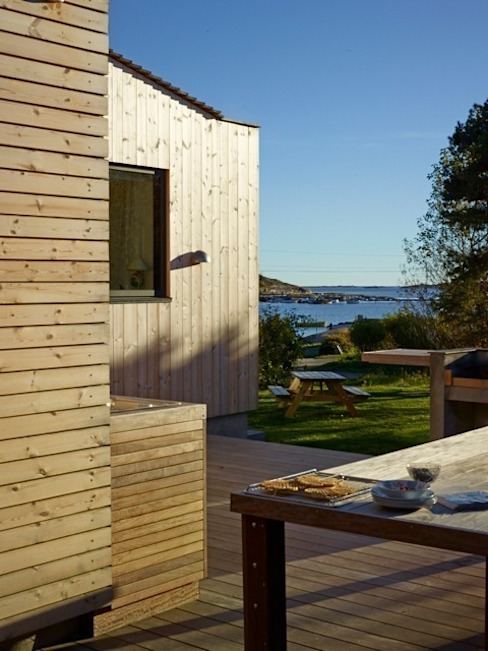 Exterior Timber Detailing Scandinavian style houses by Collective Works Scandinavian