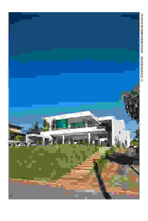 Fachada Frontal Casas modernas por homify Moderno
