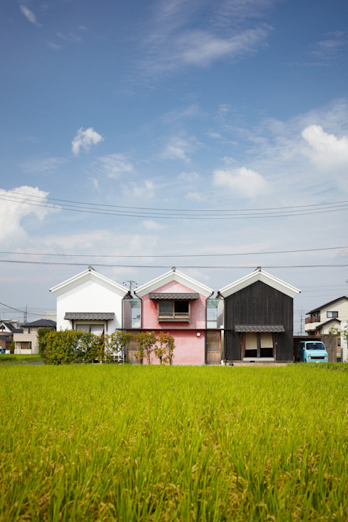 Country style houses by 平野建築設計室 Country