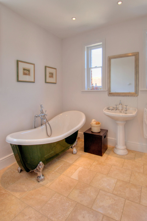 Bossington House, Adisham Kent Country style bathroom by Lee Evans Partnership Country