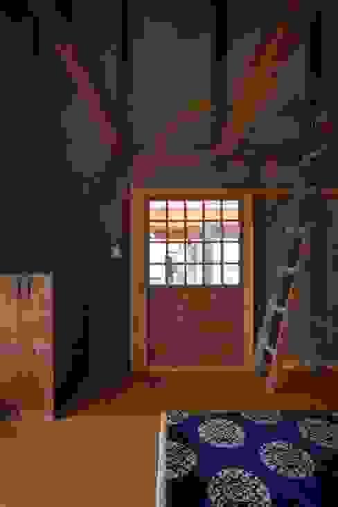 平野建築設計室의  창문