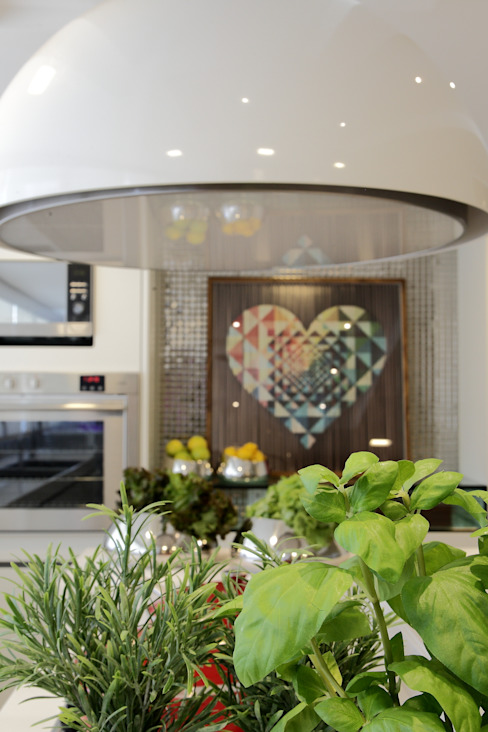 Cocinas modernas: Ideas, imágenes y decoración de ROMERO DUARTE & ARQUITETOS Moderno