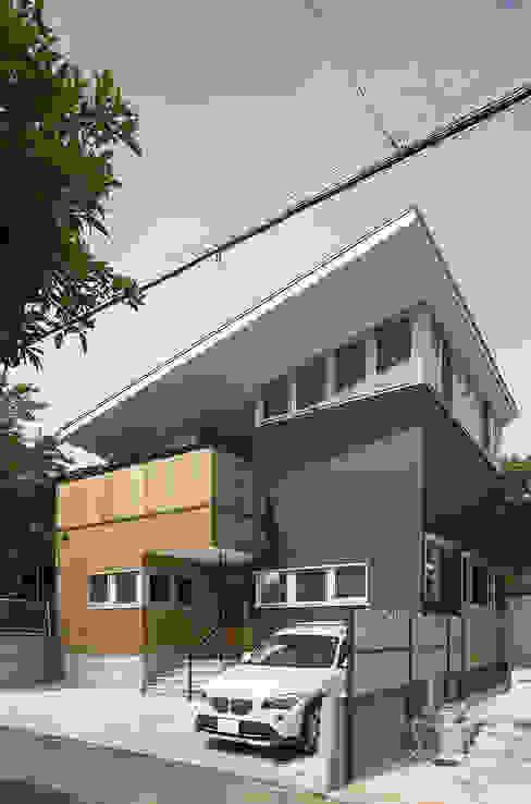株式会社建楽設計 Rumah Modern