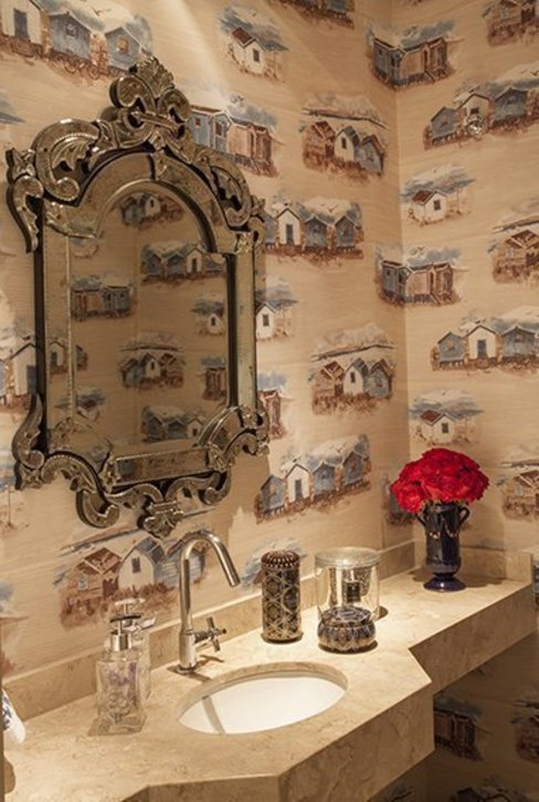 Bathroom by Maria Teresa Rodrigues Alves