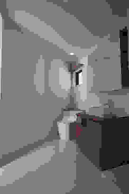 Modern bathroom by 一級建築士事務所A-SA工房 Modern