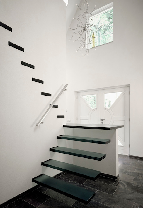 EeStairs® Floating Stairs de EeStairs | Stairs and balustrades Minimalista