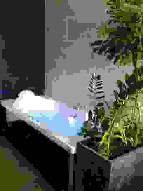 rénovation d'une salle de bain Salle de bain moderne par GC Aménagement Intérieur Moderne
