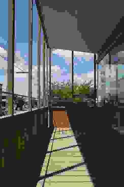 2階バルコニー1 オリジナルデザインの テラス の キタウラ設計室 オリジナル