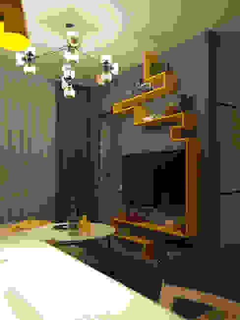 Однокомнатная квартира для студента в ЖК Эдальго Гостиная в стиле минимализм от WOWROOM design studio Минимализм