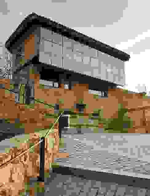 CASA DE CAMPO SOMAÉN.BARRIO ALTO, 1 CONSOLIDACIONES Y CONTRATAS S.L CONSOLIDACIONES Y CONTRATAS S.L Paredes y suelosRevestimientos de paredes y suelos